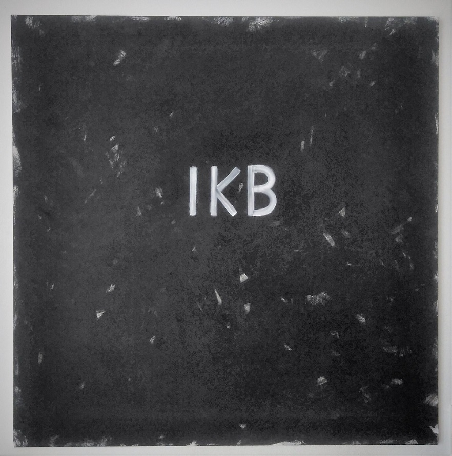 On the pawning of color - IKB (International Klein Blue), 2018